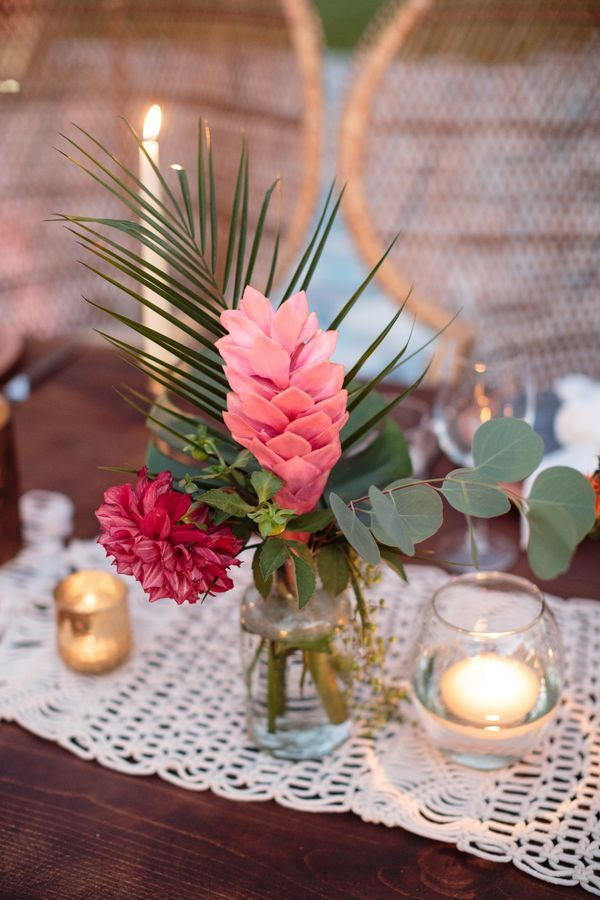 Amazing Bold Tropical Wedding Centerpieces