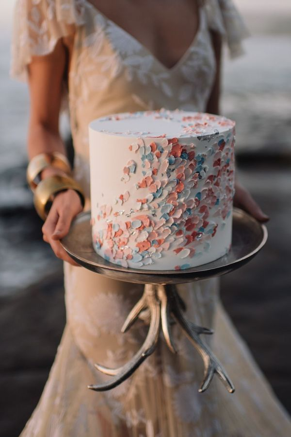 Stunning Spring Wedding Cakes Ideas to Embrace
